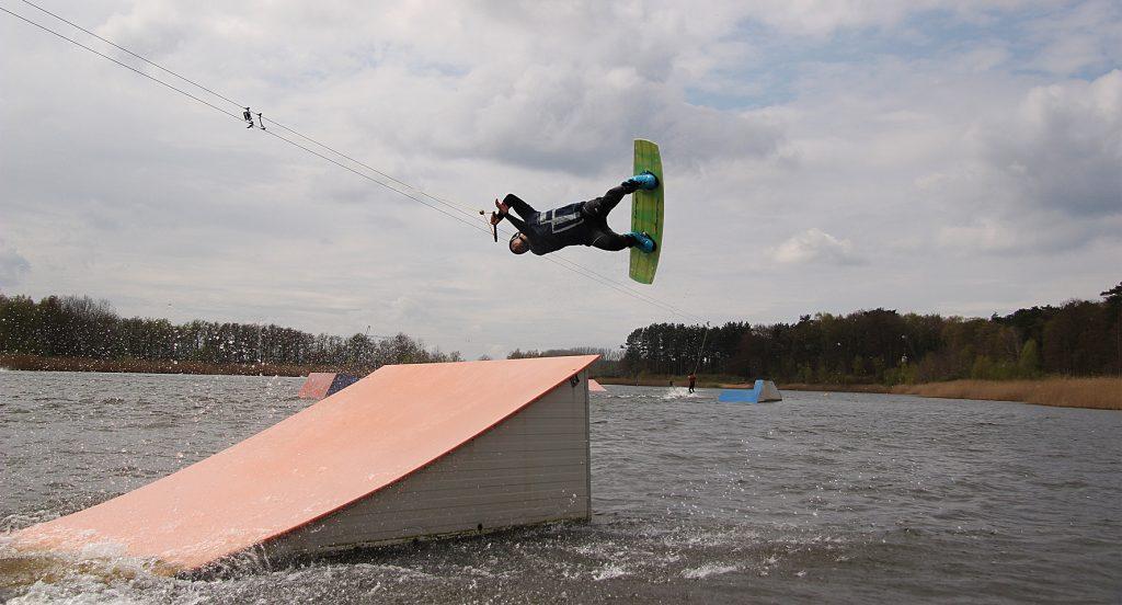 Anton-Wakeboards-Koeks-2015