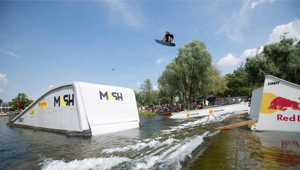 Munich Mash - Wakeboard Rail & Air